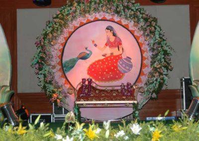 Indian-Wedding-Stage-Decorations-Zzeeh