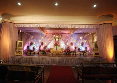 Wedding-Stage-Decorations-in-Bangalore-Zzeeh