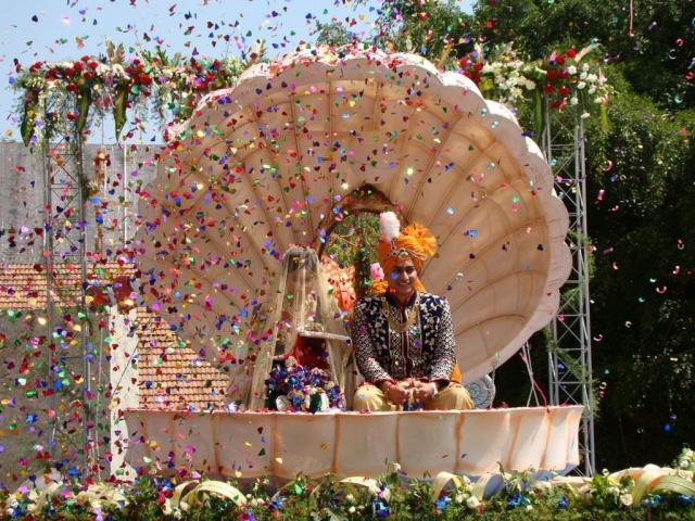 marriage flower decorators