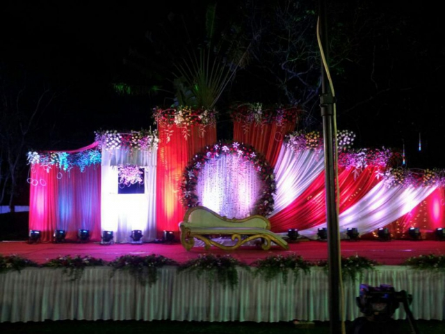 picture of wedding reception decoration