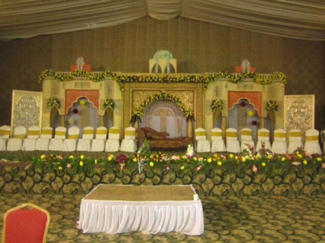 simple flower decoration by marriage