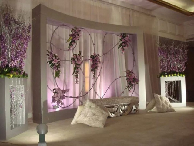 wedding reception decor flowers