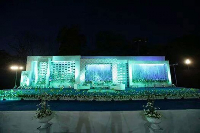 wedding reception decor without flowers zzeeh